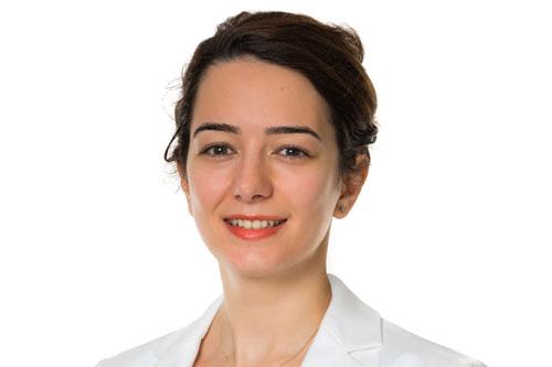 Esra Baykal photo, global women's leadership scholar