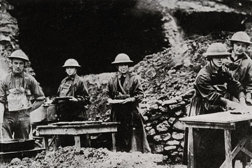 Charity volunteers at the front during First World War