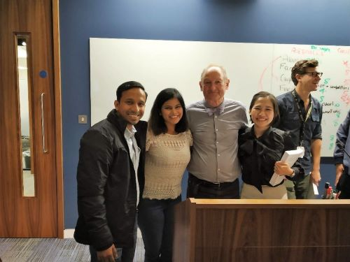 Nikesh Das and cohort meet Professor Robert M. Grant