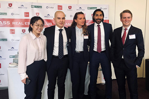 Attendees at the 2019 Cass Real Estate Club Summit on Global Investment Strategy