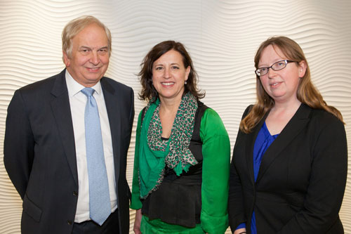 Peter Cullum, Julie Walters, Helen Reynolds