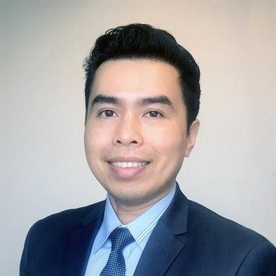 Portrait of Professor Anh Tran