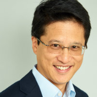 Portrait of Stephen Shu
