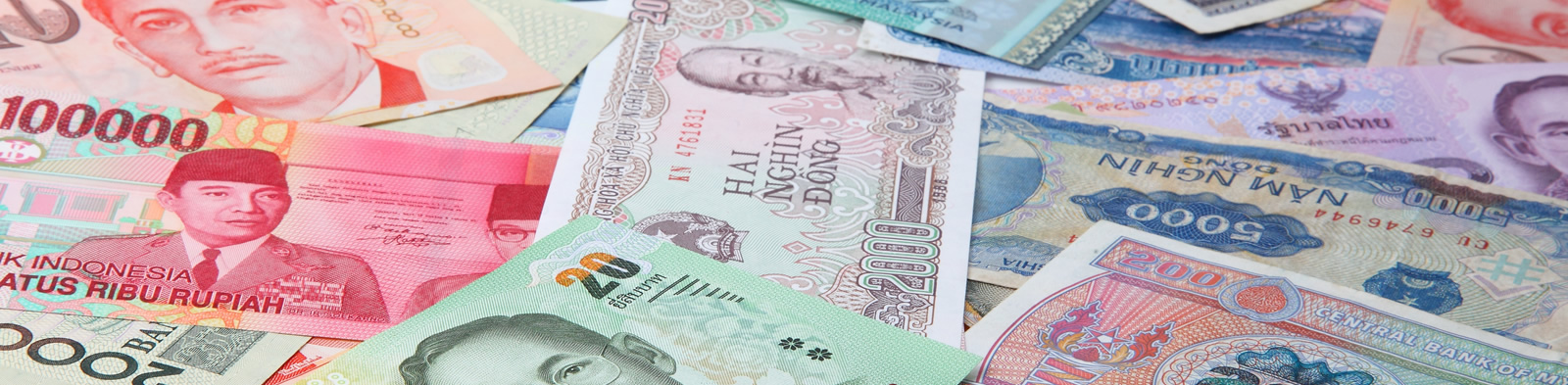 Bank notes from all over Asia